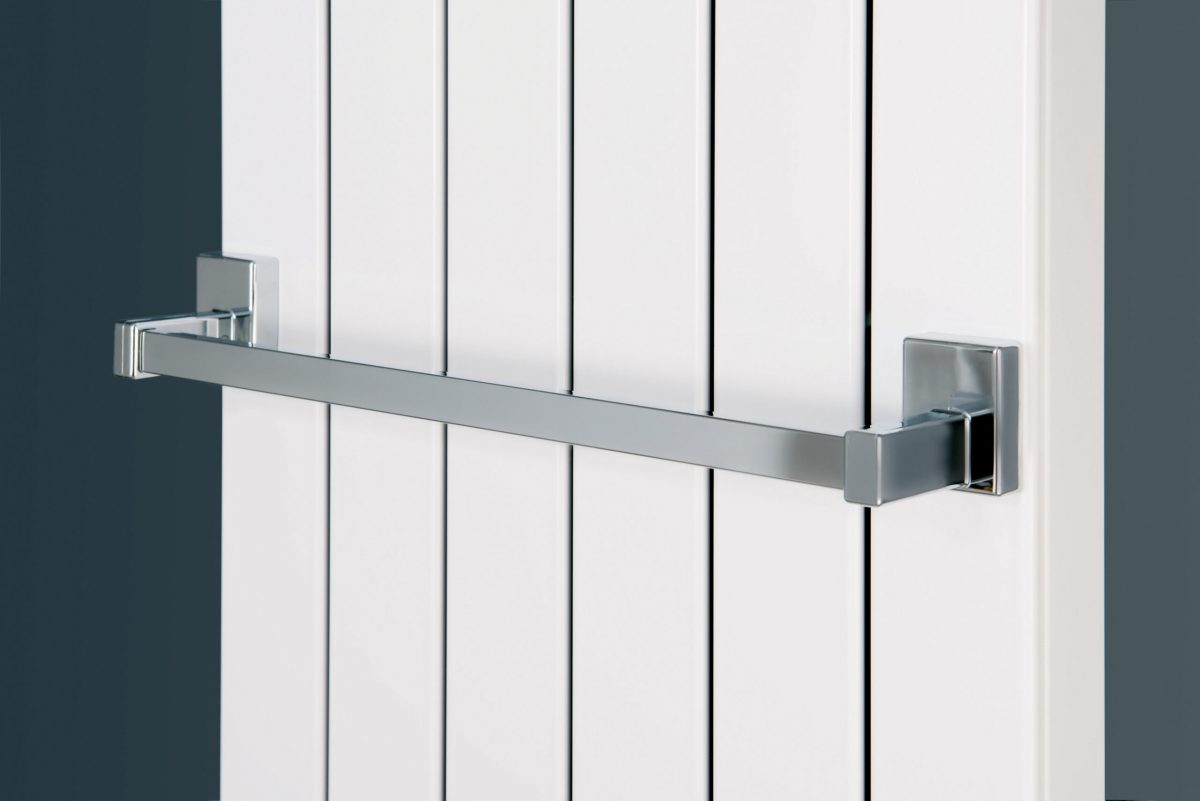 Magnetic Towel Rail to Fit Radiators of Suitable Width (CHROME)